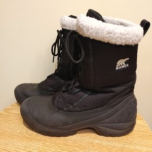 Sorel women's Snow Boot black size 9/40